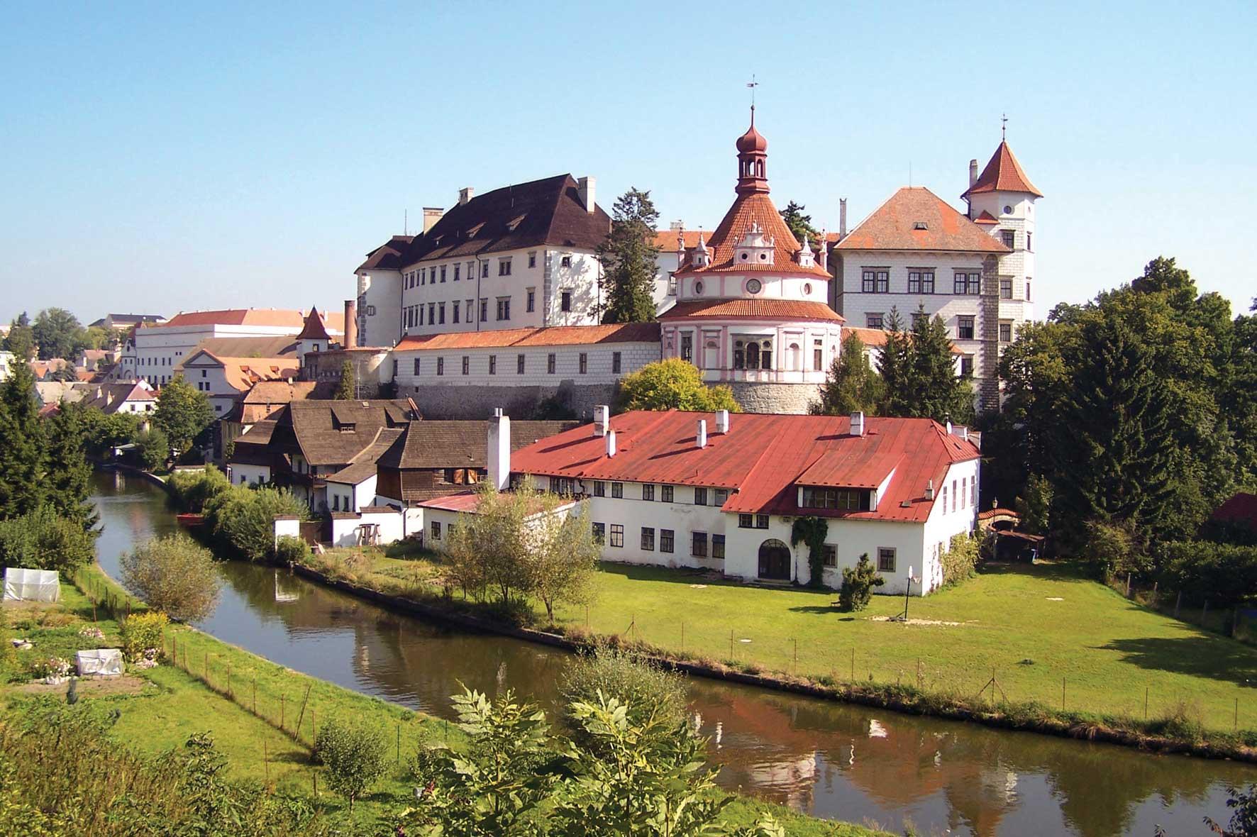 jindrichuv-hradec zamek kom